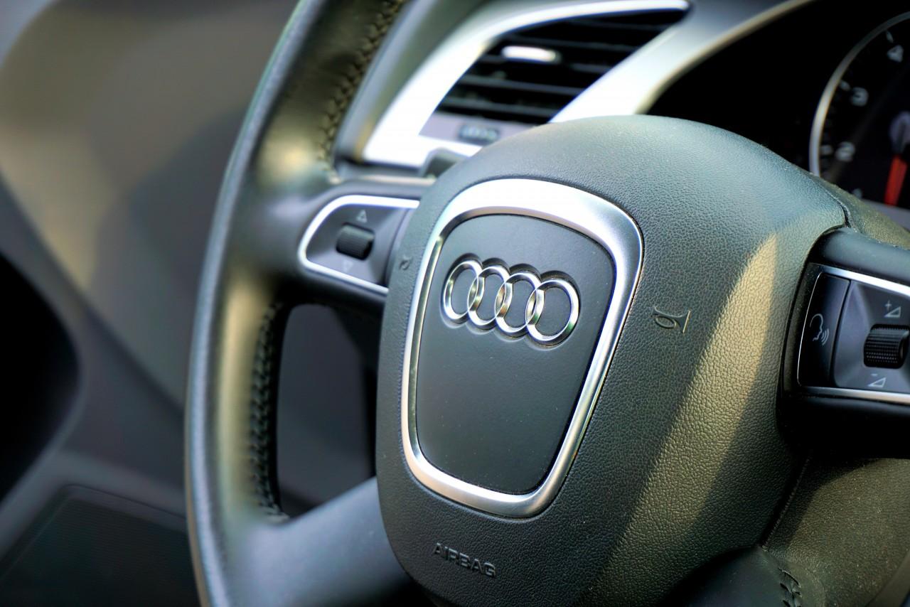 Audi Car Steering Wheel Control Photo 6799 Free 3d Models Free Stock Photos Desktop Wallpapers